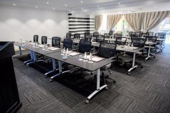 2nd Avenue Houghton Estate Hotel Estate BoardRoom