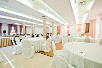 Best Western Premier Accra Airport Hotel Banquet Hall