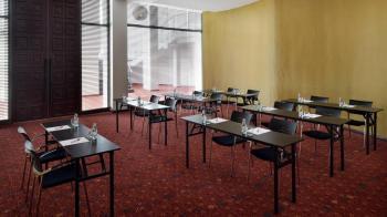 Accra Marriott Hotel Wesley Girls Meeting Room