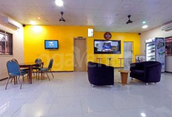 Crown Pavilion Lounge
