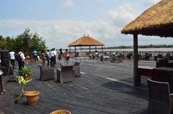 Inagbe Grand Resorts and Leisure Floating Lounge