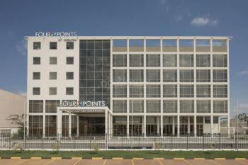 Four Points by Sheraton Nairobi Airport Mt Rwenzori Hall