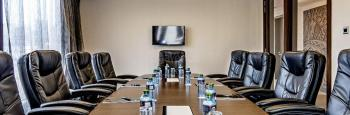Magna Hotel and Suites The Boardroom
