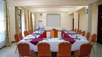 Convent International Hotel Acacia Meeting Room