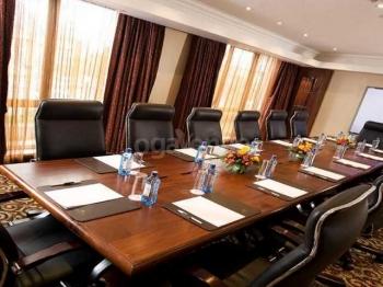 Crowne Plaza Nairobi Boardroom