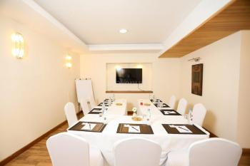 Bidwood Suites Hotel Private Meeting Room