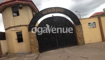Adesba Hotel Abeke Hall