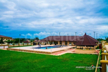 Western Sun International Hotel Pool Side