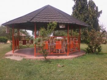 Labamba Hotel Hut