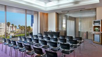 CapeTown Marriott Hotel Crystal Towers Boardroom 1