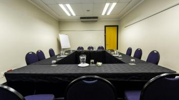 Belmond Square Conference Centre Breakaway 2 Room