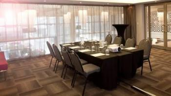 DoubleTree By Hilton CapeTown Executive Board Room